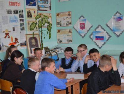 Занятия Правовой школы прошли в школах Юрьев-Польского района